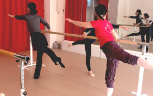 新座バレエ,志木バレエ,朝霞バレエ,大人バレエ,ダイエット,肩こり,腰痛予防,習い事